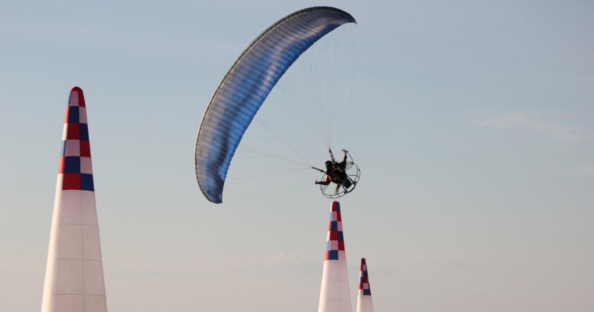 Парапланерист из Иркутска выиграл чемпионат России по спорту сверхлегкой авиации