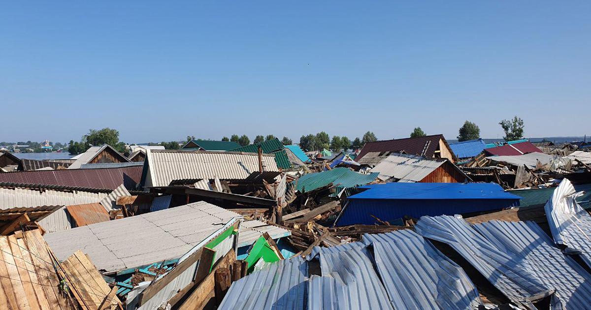 «Мы потеряли все»: жители Тулуна — о том, как они переживают наводнение