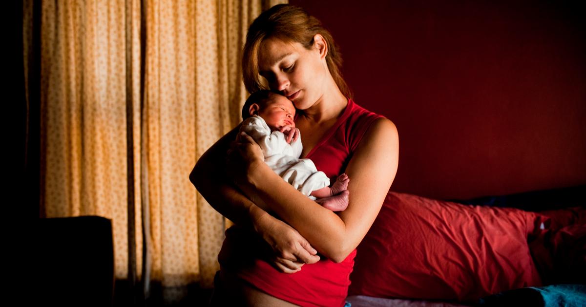 «Дети счастливы, когда счастливы их родители»: молодые мамы — о работе в декрете