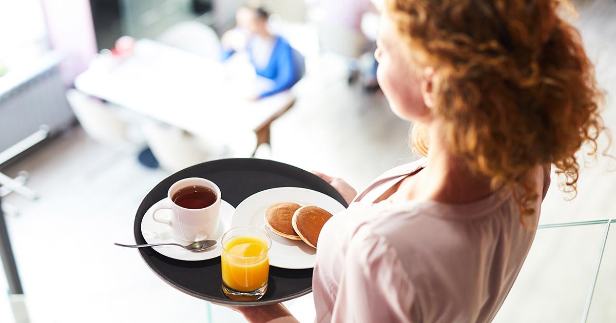 Новая традиция — завтракать вкафе