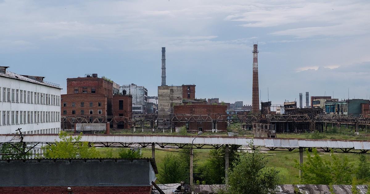 На территории «Усольехимпрома» произошел выброс газа из цистерны. Пострадал один человек