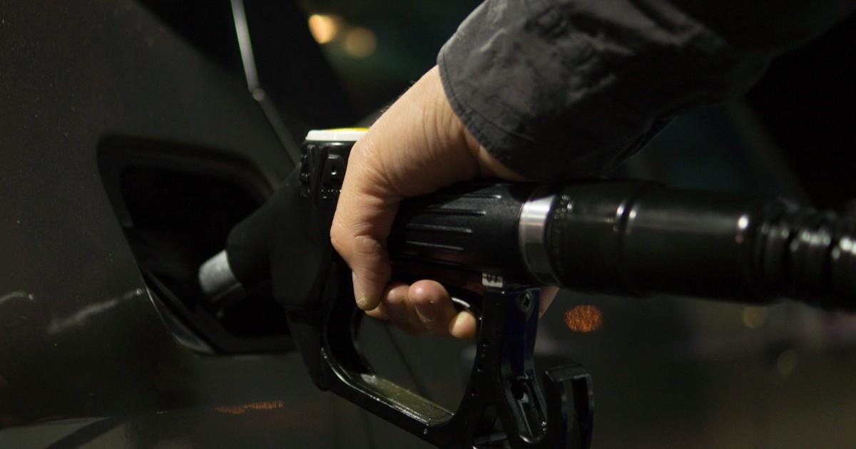 Исследование: на трех из пяти заправок в Иркутской области продают некачественное топливо