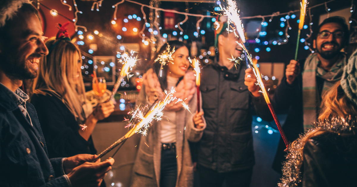 Новогодняя ночь: где встречать 2020-й, если не дома?