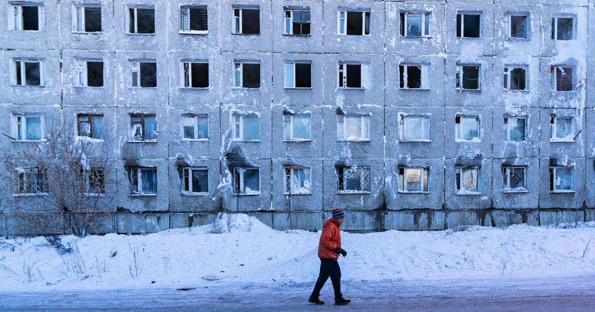 Житель аварийного общежития ИВВАИУ: «Пишут, что мы отказались от договоров социального найма. Это ложь»