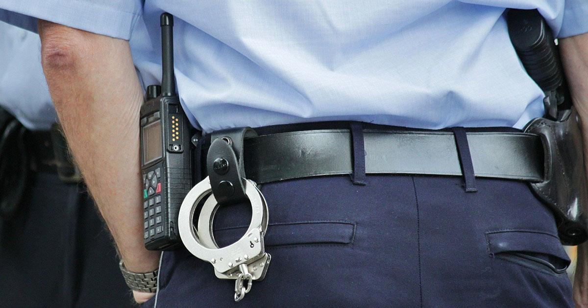 Полицейские в Иркутске пытались разбудить парня электрошокером и убили его. Возбуждено уголовное дело
