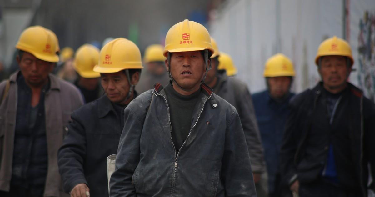 Иркутские полицейские перестали выдавать разрешения на работу гражданам Китая. Во всем виноват коронавирус - Верблюд в огне