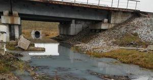 Жители Шелехова заявили о загрязнении реки: прокуратура ищет виновных
