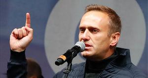 Алексея Навального задержали по прилету в Москве. Главное