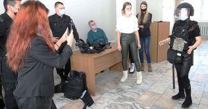 Сотрудники ОМОН провели занятие в БГУ