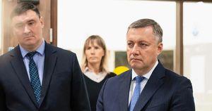 Кобзев застрял в лифте в Усть-Илимске. Он поручил проверить все остальные в городе