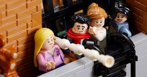 Lego выпустила конструктор с квартирами из сериала «Друзья»