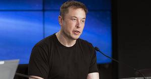 «Tesla скоро будет в России». Что сказал Илон Маск во время выступления на российском форуме