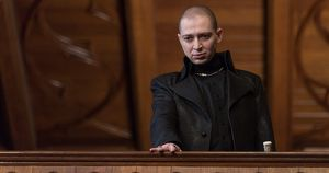 Фонд кино требует через суд 84 млн рублей с авторов фильма «Ампир V»